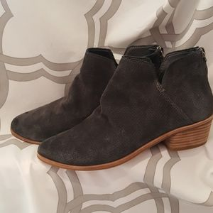 Dolce Vita Zip-up Able Suede Bootie 7.5 EUC